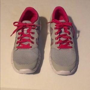 NWOT Nike Free 5.0 Sneakers